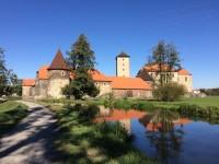 https://vodnistrazci.cz/i/full/files/2018/vodni-hrady-svihov-foto.jpg