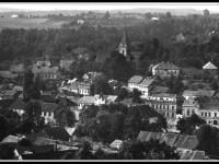 Město Dolní Kralovice bylo kompletně zničeno, obyvatelé byli přestěhováni do novostaveb (foto: Vodní dům)